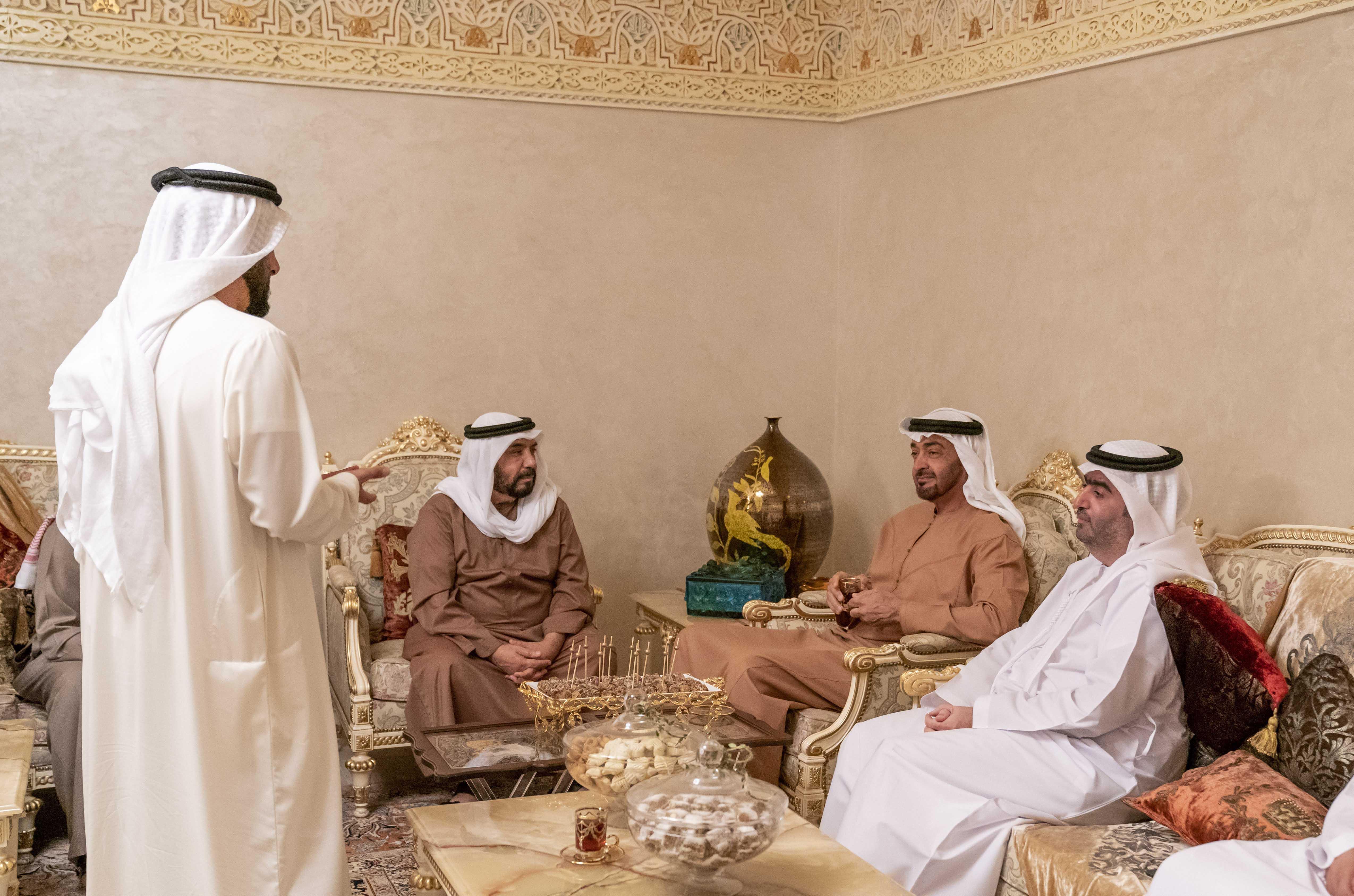 محمد بن زايد يزور عبد الجليل البلوكي