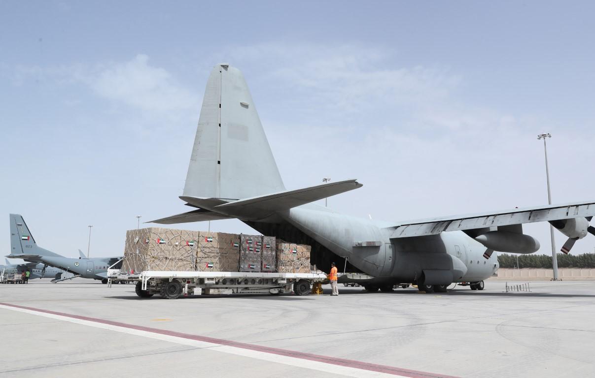 الإمارات ترسل مساعدات إلى إيران لدعمها في مواجهة فيروس كورونا المستجد