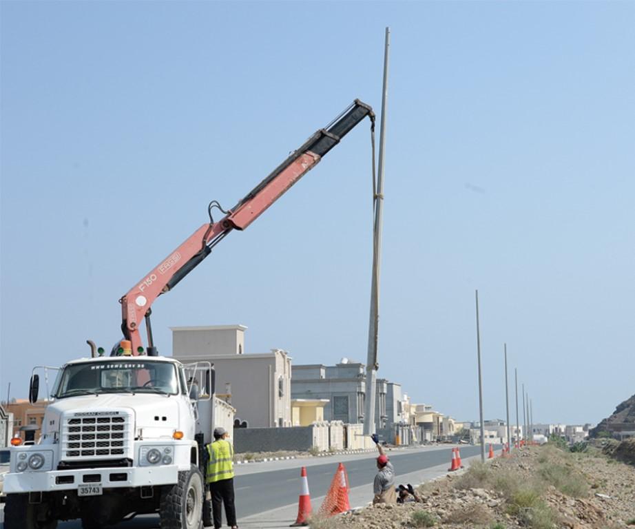 كهرباء الشارقة تنجز عددا من المشروعات التطويرية بمدينة خورفكان