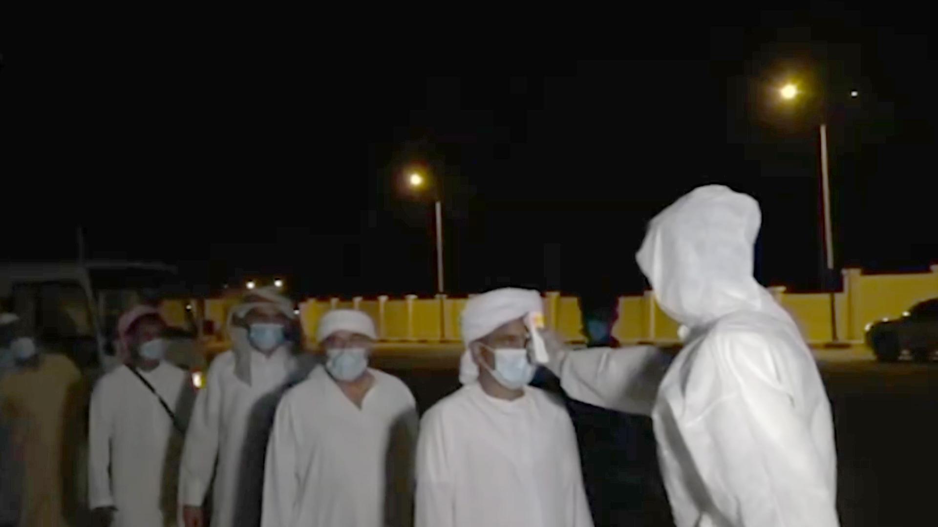 الإمارات تسهل عودة 100 من الرعايا اليمنيين إلى بلادهم
