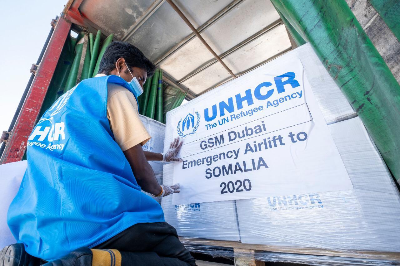 محمد بن راشد يأمر بمساعدات عاجلة إلى الصومال..لدعم جهود مكافحة كوفيد-19 وإغاثة المتضررين من الفيضانات