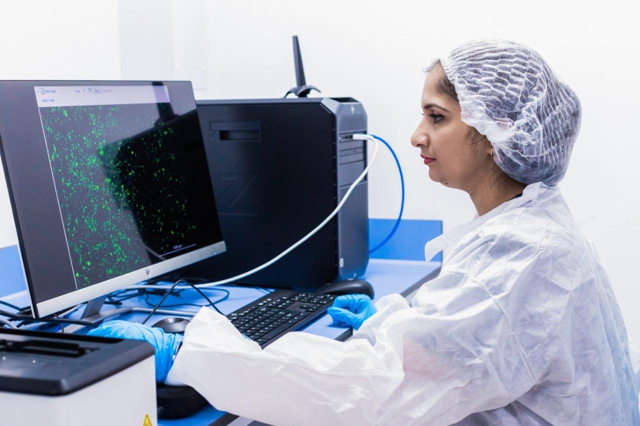 علاج مبتكر لفيروس /كوفيد-19/ طوره مركز الخلايا الجذعية الإماراتي مع نتائج واعدة