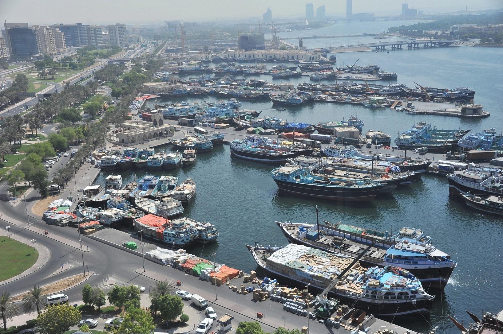 مراكز جمارك دبي تتعامل مع 5700 سفينة تقليدية وتجارية خلال 5 أشهر