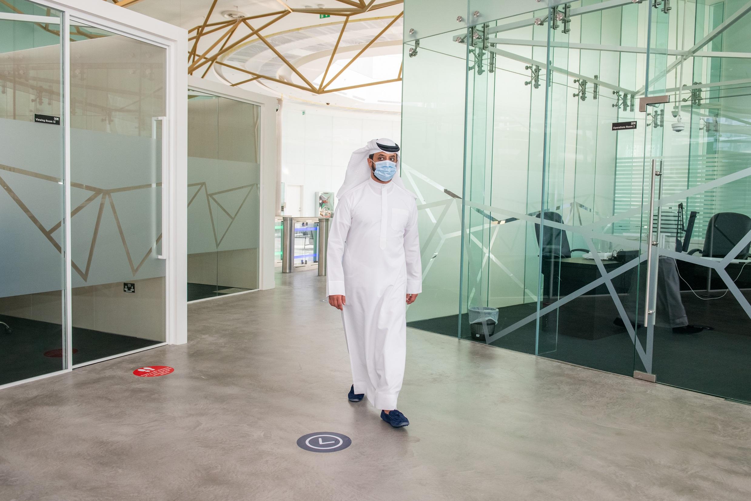 Emirates News Agency Dubai Diamond Exchange Reopens For Business