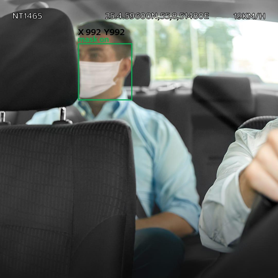 طرق دبي توظف تقنيات الذكاء الاصطناعي لرصد مخالفات الإجراءات الاحترازية في مركبات الأجرة
