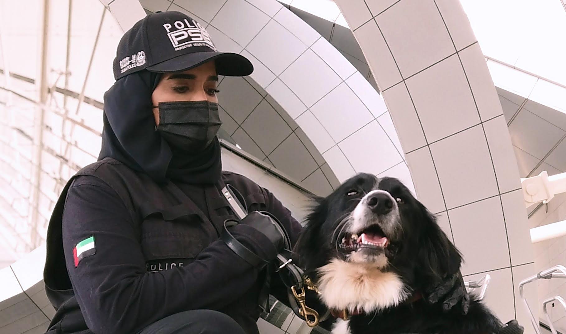 """""""الداخلية"""" تنجح في كشف """"كوفيد - 19"""" باستخدام الكلاب البوليسية"""