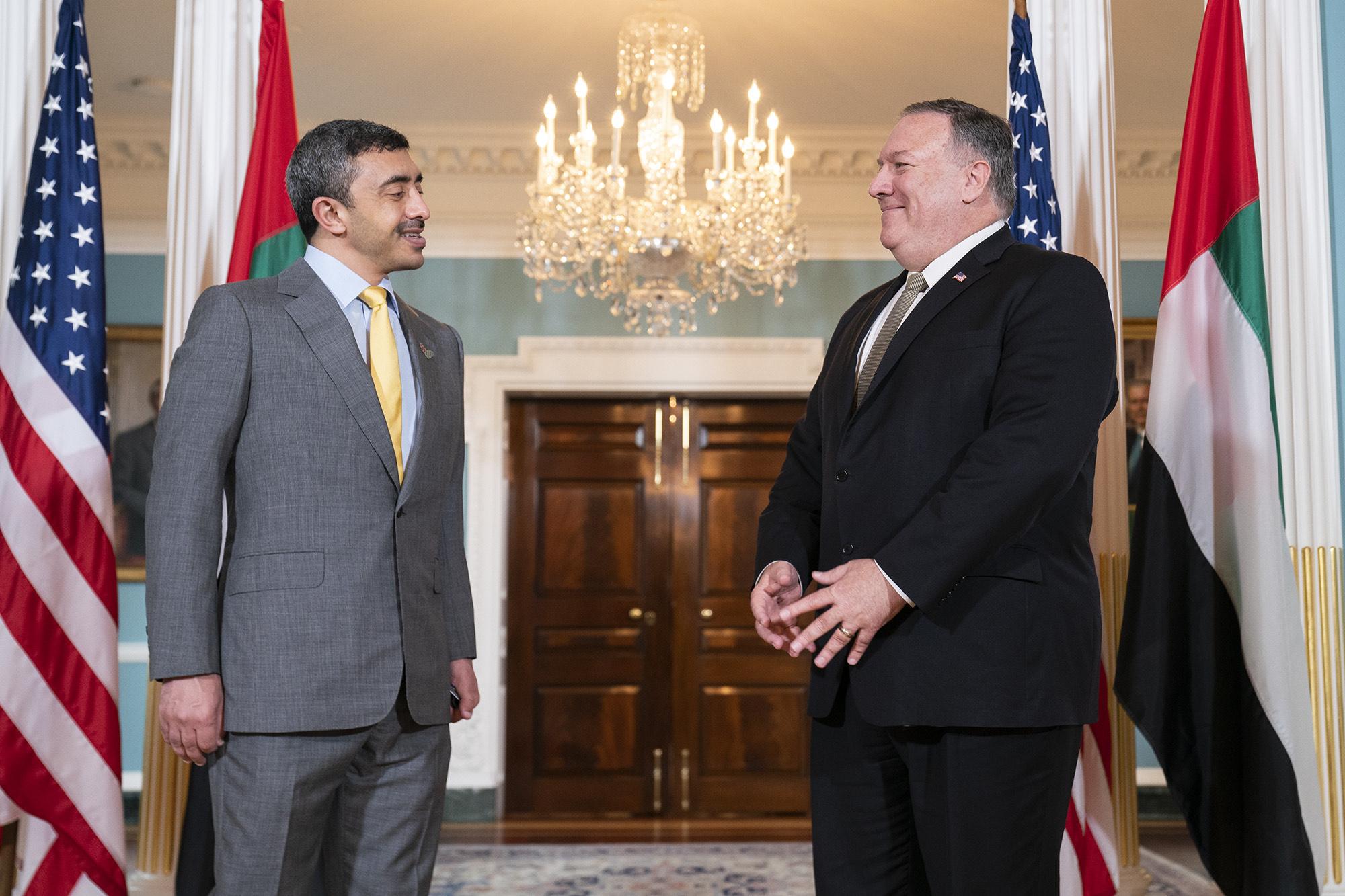 عبدالله بن زايد يلتقي بومبيو وقادة الكونجرس الأمريكي في ختام زيارته إلى واشنطن