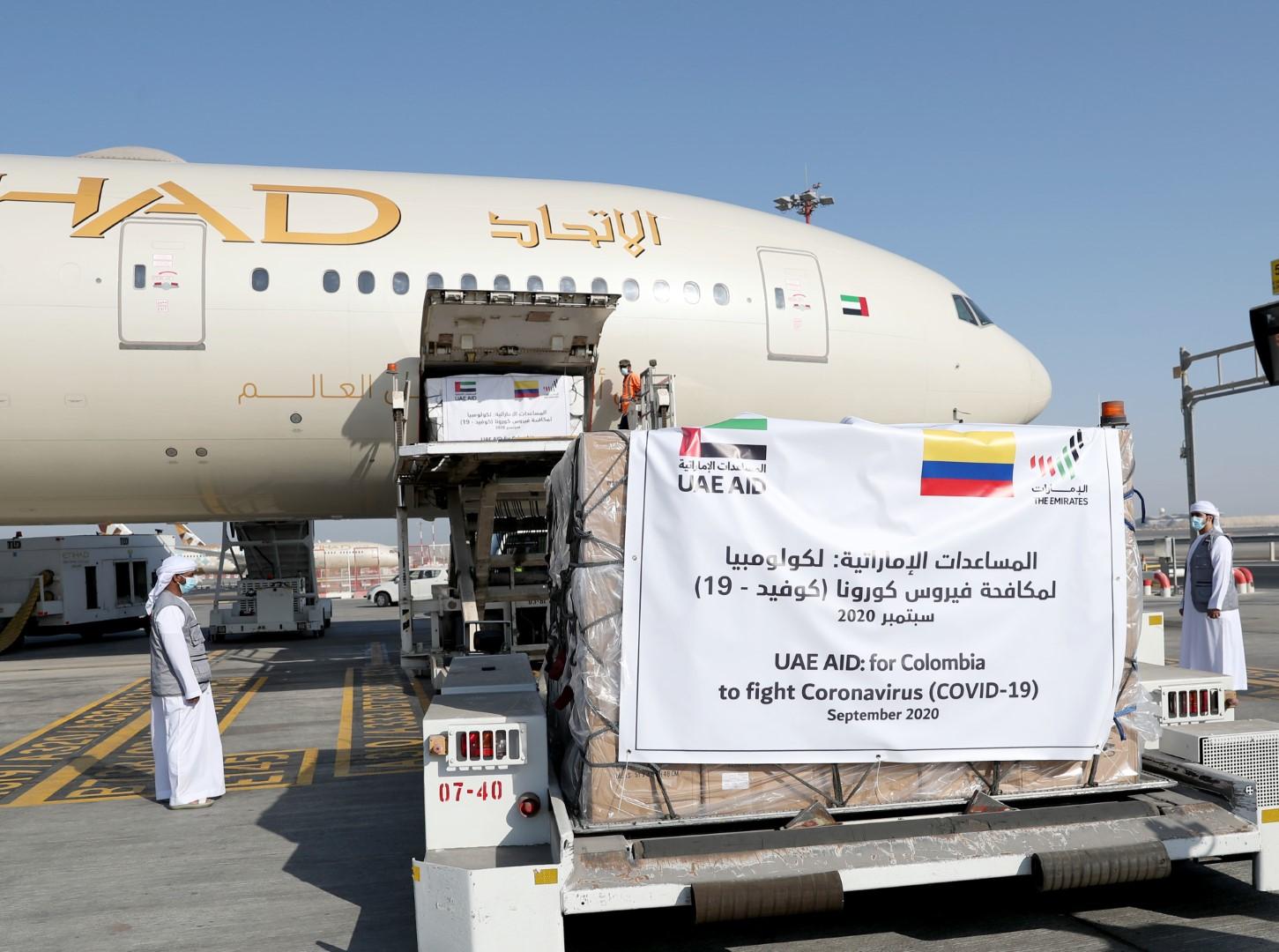 """الإمارات ترسل طـائرة مساعدات طبية خامسة إلى كولومبيا لدعم جهودها في مكافحة """"كوفيد-19 """""""