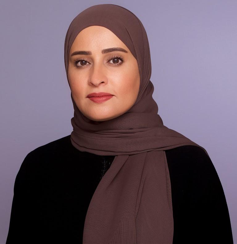 عهود الرومي: حكومة الإمارات تركز على تطوير العمل وتبني الحلول الاستباقية