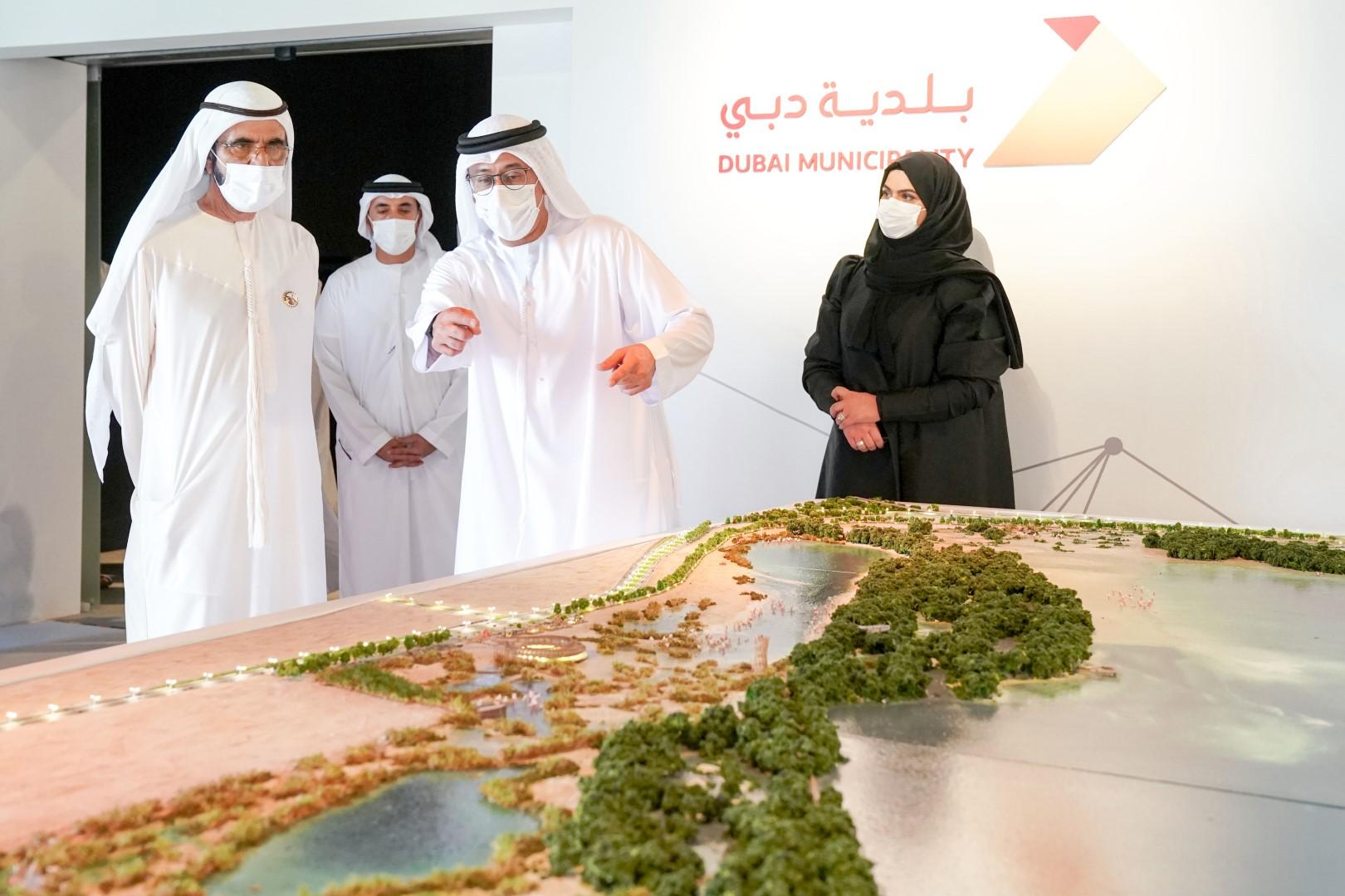 محمد بن راشد يطلع على مشاريع بيئية تنفذها بلدية دبي بتكلفة إجمالية تناهز 6.6 مليار درهم
