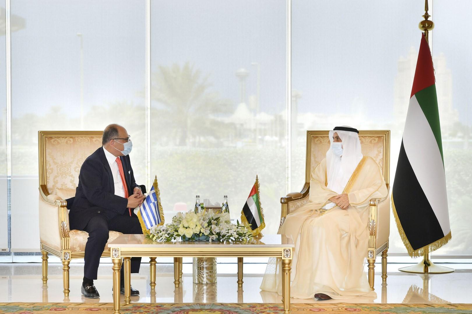 صقر غباش يبحث مع سفراء اليونان والهند ولوكسمبورغ وموزمبيق وألبانيا سبل تعزيز التعاون البرلماني