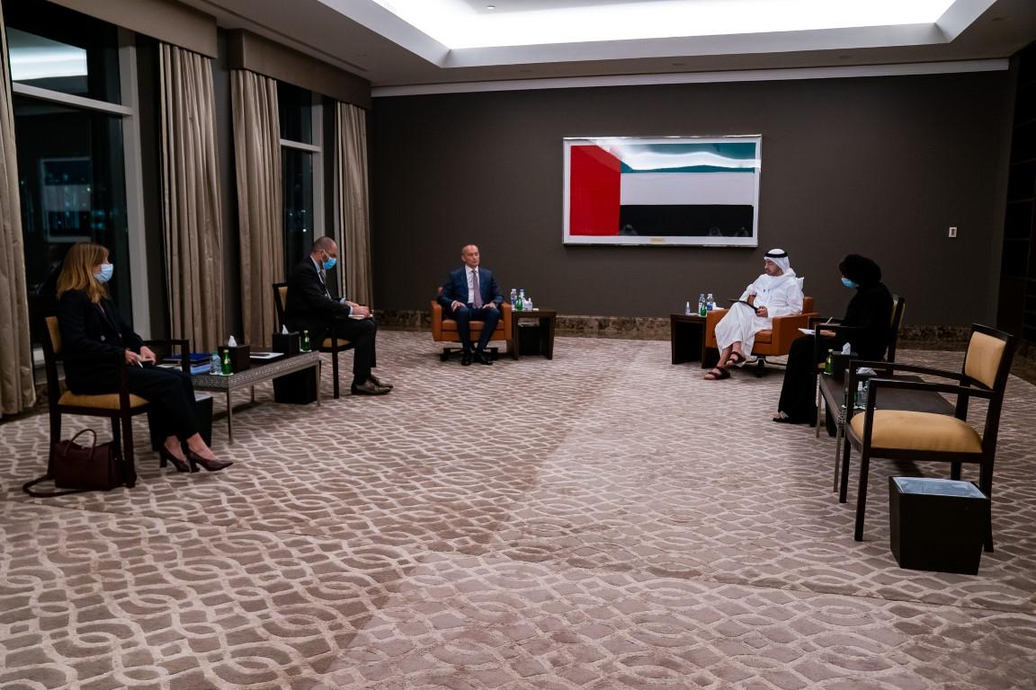 عبدالله بن زايد يستقبل منسق الأمم المتحدة لعملية السلام في الشرق الأوسط