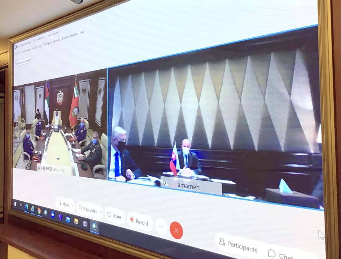 البواردي ووزير دفاع سلوفاكيا يبحثان علاقات التعاون الدفاعي المشترك