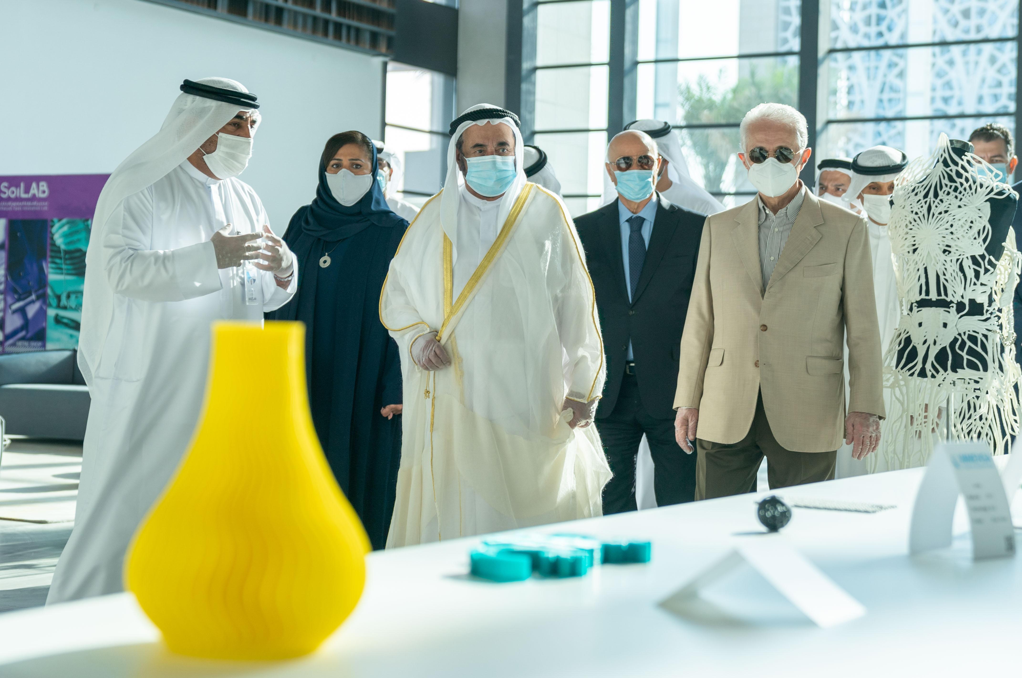 سلطان القاسمي يفتتح المقر الرئيس لمجمع الشارقة للبحوث والتكنولوجيا والابتكار