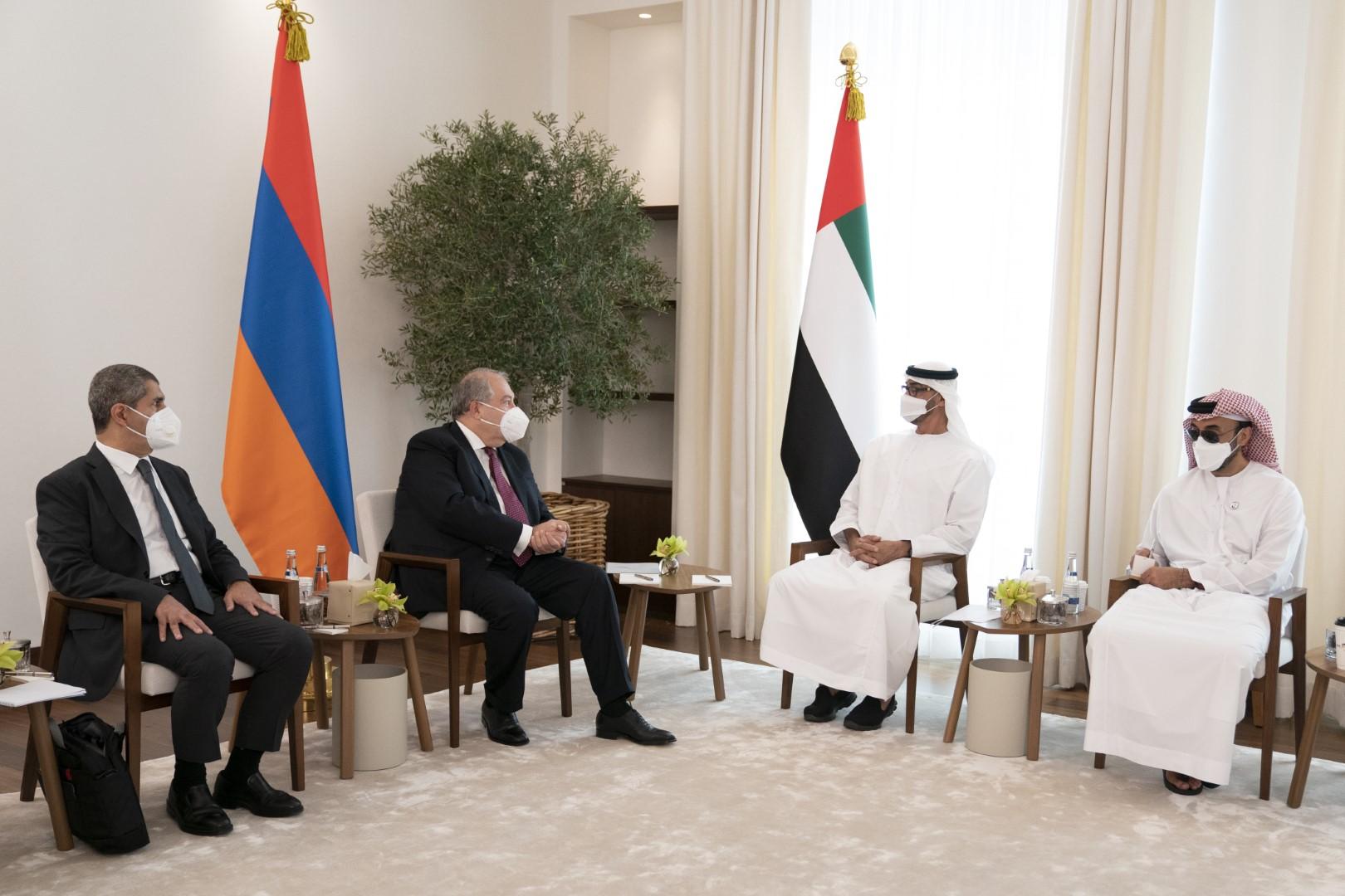 محمد بن زايد يستقبل رئيس أرمينيا و يبحثان علاقات التعاون و القضايا ذات الاهتمام المشترك