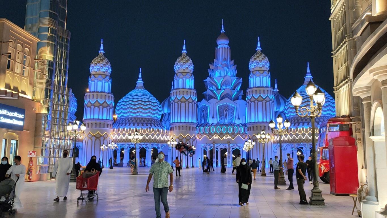 """دبي تحتفل بمهرجان الأضواء """"ديوالي"""" بفعاليات متنوعة"""