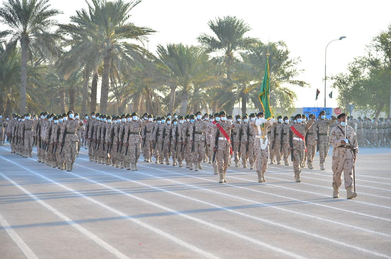 """القوات المسلحة تحتفل بتخريج الدفعة الـ 14 """"المجموعة الثانية"""" من منتسبي الخدمة الوطنية"""