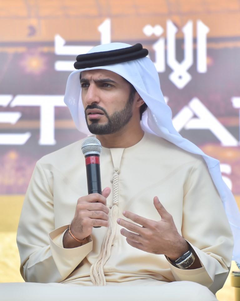 راشد بن حميد يلتقي لاعبي منتخبنا الوطني لكرة القدم ويحثهم على المزيد من العمل