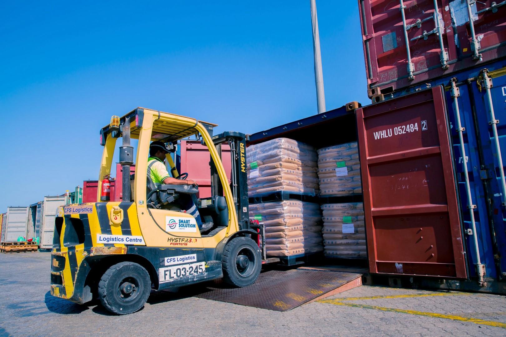 """""""سمارت سولوشن لوجستكس"""" التابعة لموانئ دبي العالمية تتعاون مع """"ألالوف"""" لتعزيز الفرص التجارية في المنطقة"""