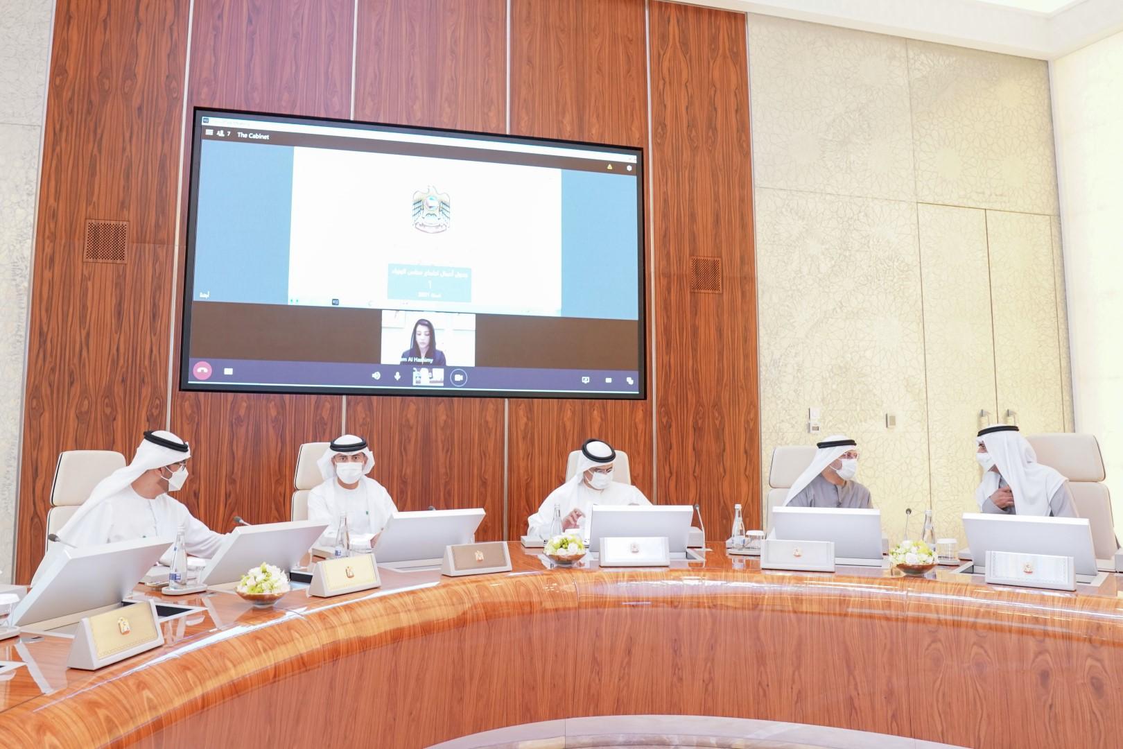 محمد بن راشد يترأس أولى اجتماعات مجلس الوزراء في 2021 .. ويعتمد الإطار العام للاستراتيجية الإعلامية للإمارات