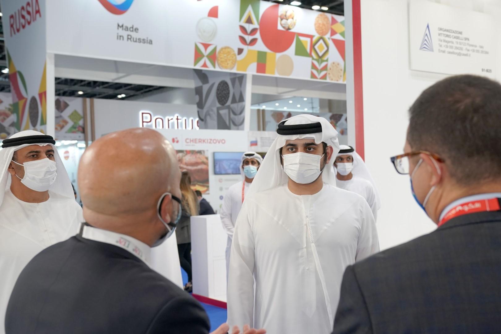 مكتوم بن محمد يفتتح فعاليات معرض جلفود 2021