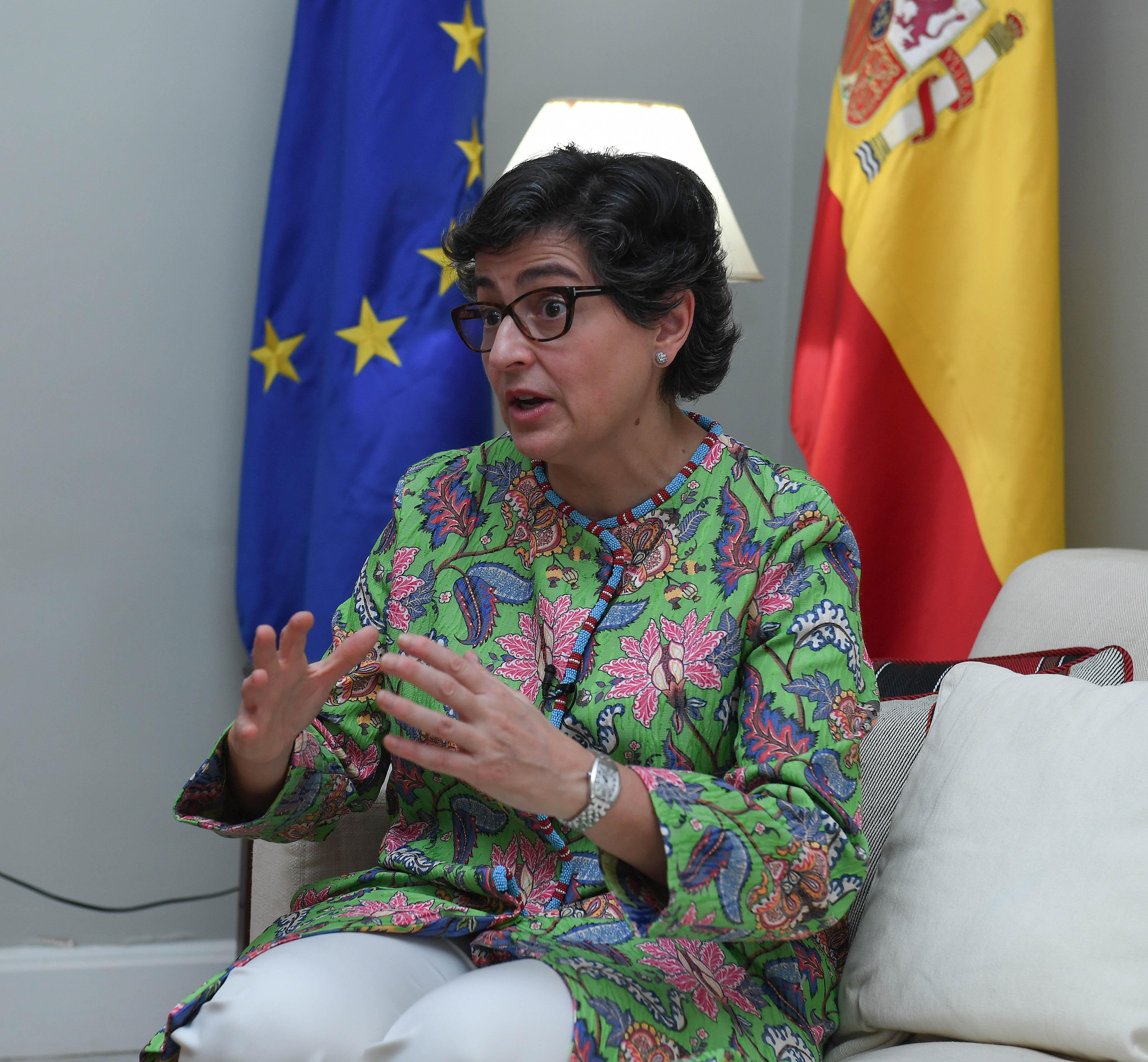 مع معالي وزيرة الشؤون الخارجيه والاتحاد الاوربي بمملكة أسبانيا ٧-٢-٢٠٢١-7.jpg