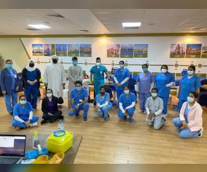 دبي للسياحة تطلق حملة تطعيم لموظفي 20 فندقاً في نخلة جميرا