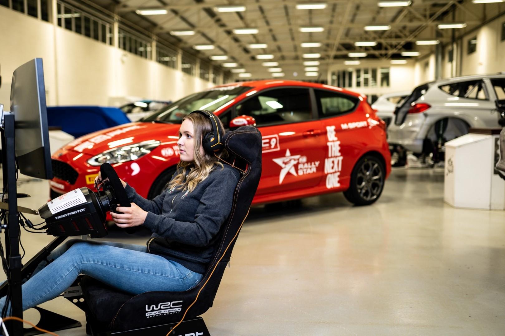 """"""" الإمارات للسيارات و الدراجات النارية """" تعلن تفاصيل اختيارها برنامج """"فيا رالي ستار"""" للسائقين"""