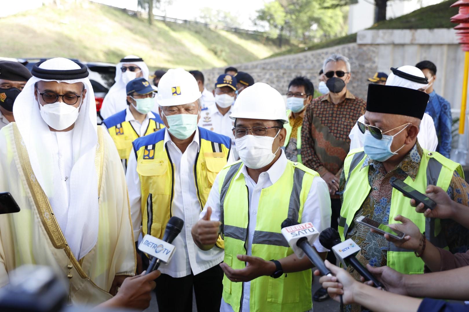 """إطلاق اسم """" محمد بن زايد """" على أطول شارع علوي سريع في إندونيسيا"""