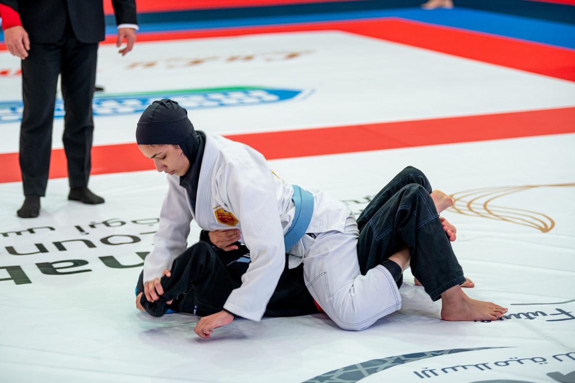"""22 ميدالية ملونة لأبطال الإمارات في منافسات المحترفين لـ""""عالمية أبوظبي للجوجيتسو"""""""