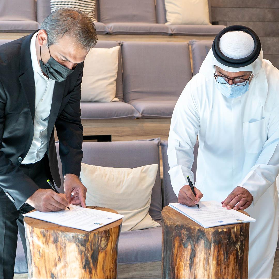 """""""دبي للسياحة"""" و""""شلهوب"""" تتعاونان لدعم الكوادر الوطنية في قطاع التجزئة"""