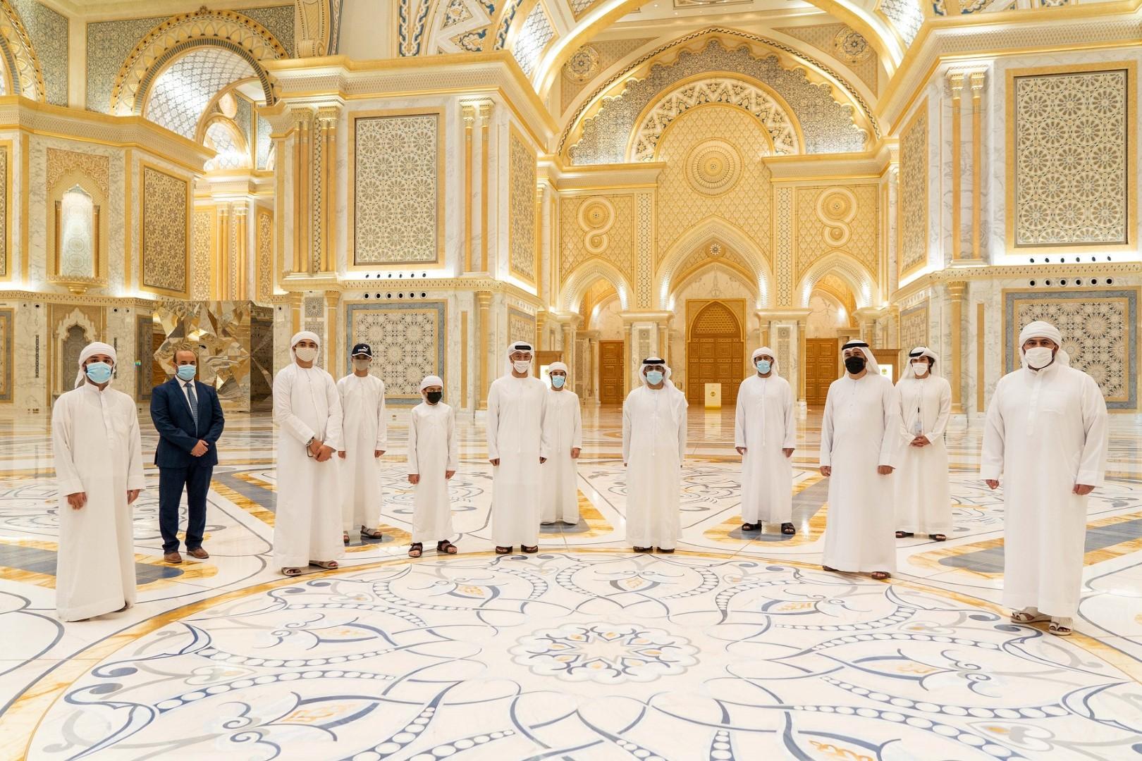 قصر الوطن يحتفي بأسبوع الأصم العربي