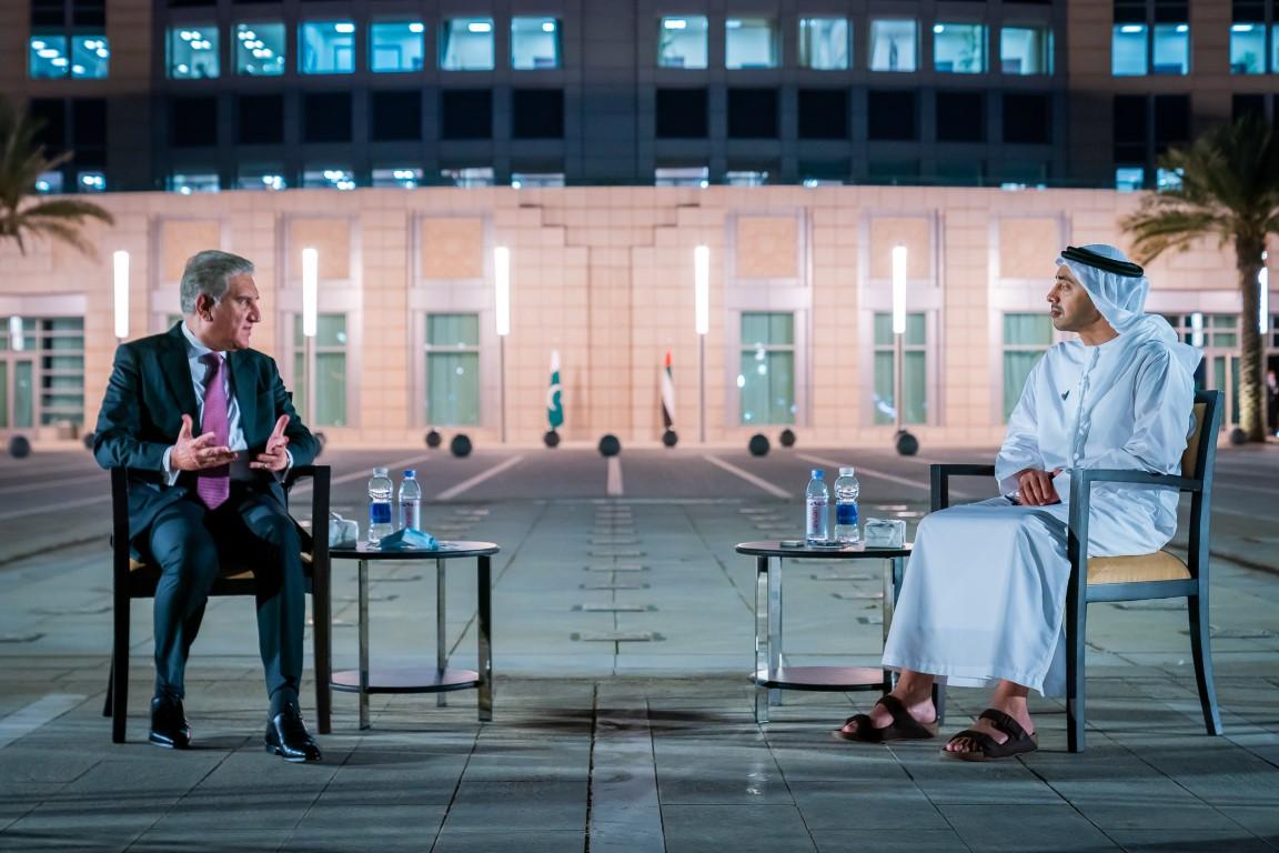 عبدالله بن زايد يستقبل وزير خارجية باكستان
