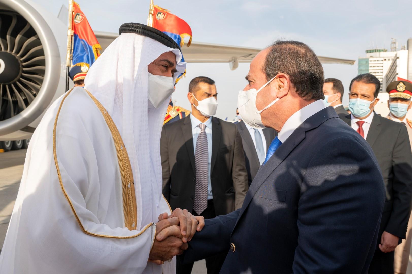 مقدمة 1 / محمد بن زايد يصل القاهرة