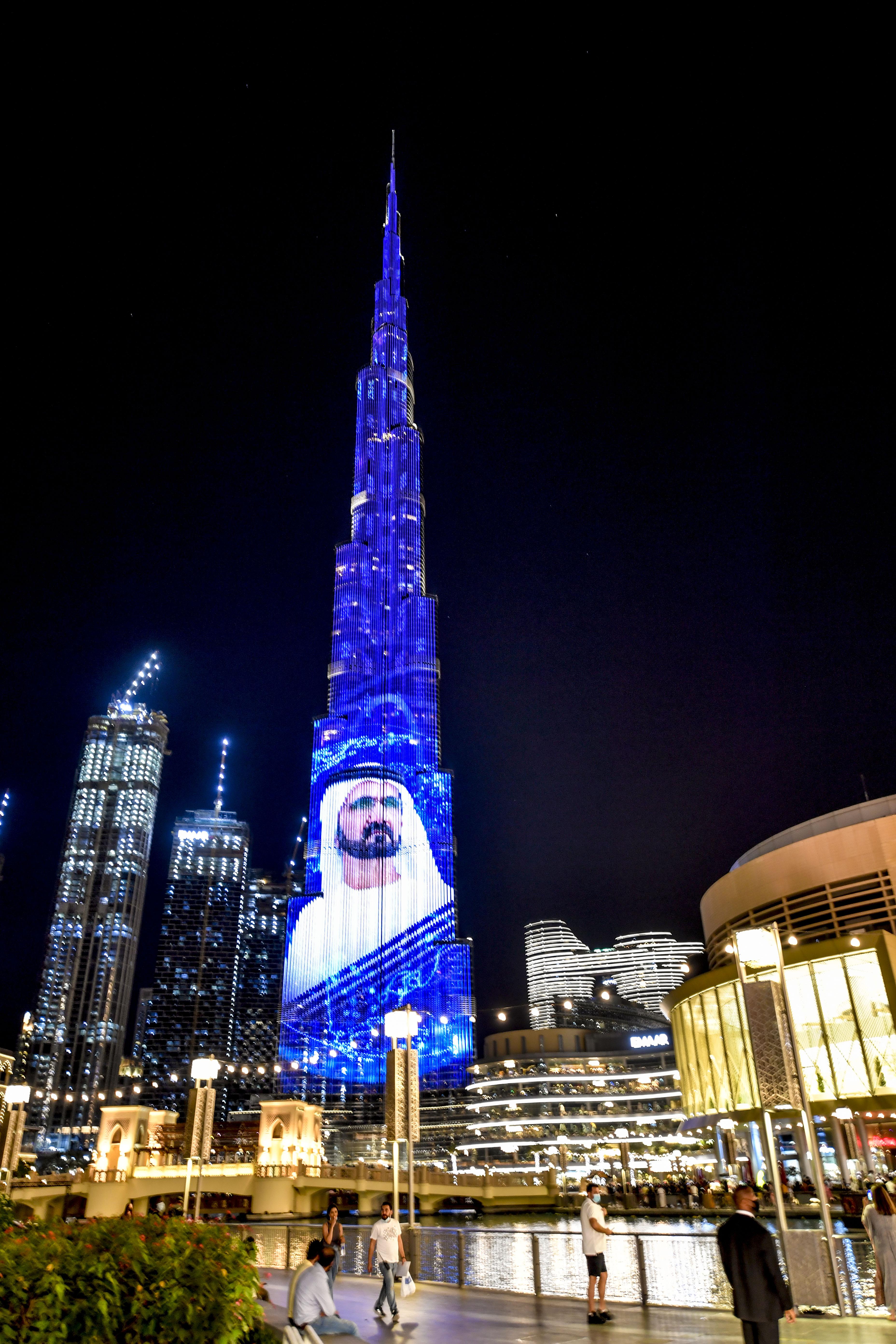 مكتوم بن محمد يدشن الموقع الإلكتروني لمركز دبي للأمن الاقتصادي