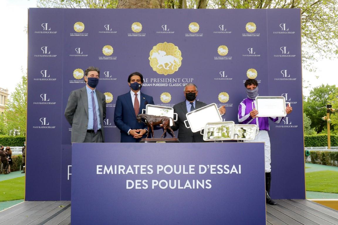 """الجواد """"هتال"""" بطلاً لكأس صاحب السمو رئيس الدولة للخيول العربية في فرنسا"""