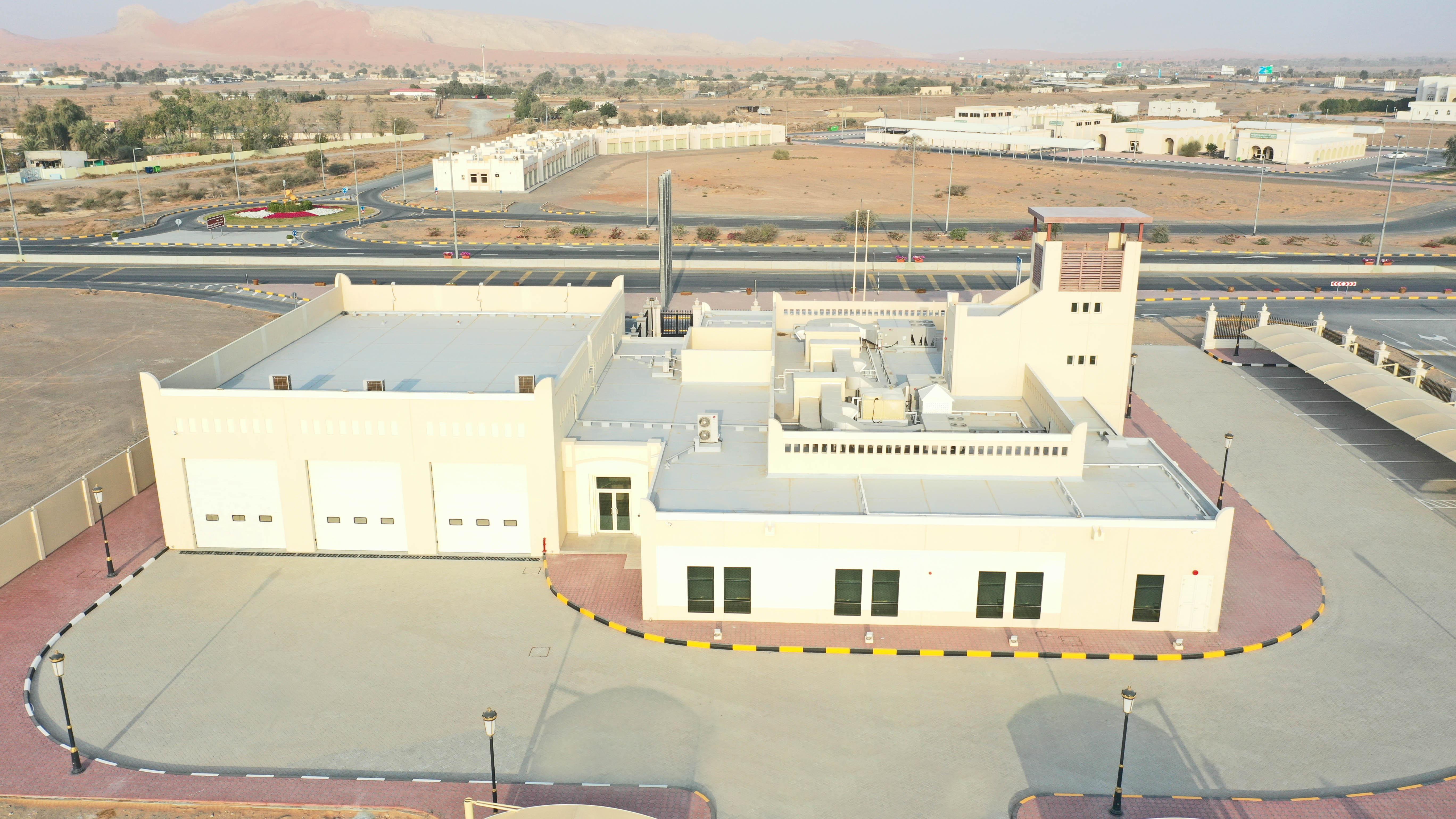 أشغال الشارقة تنجز مبنى خاصا بالدفاع المدني في المنطقة الوسطى
