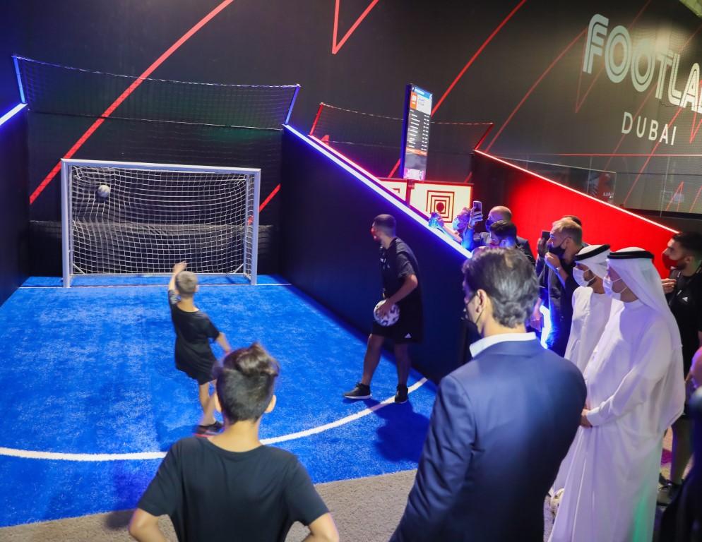 """افتتاح """"آزمایشگاه پا"""" در دبی ، اولین مجموعه در منطقه که ترکیبی از فناوری و هوش مصنوعی در زمینه فوتبال است"""