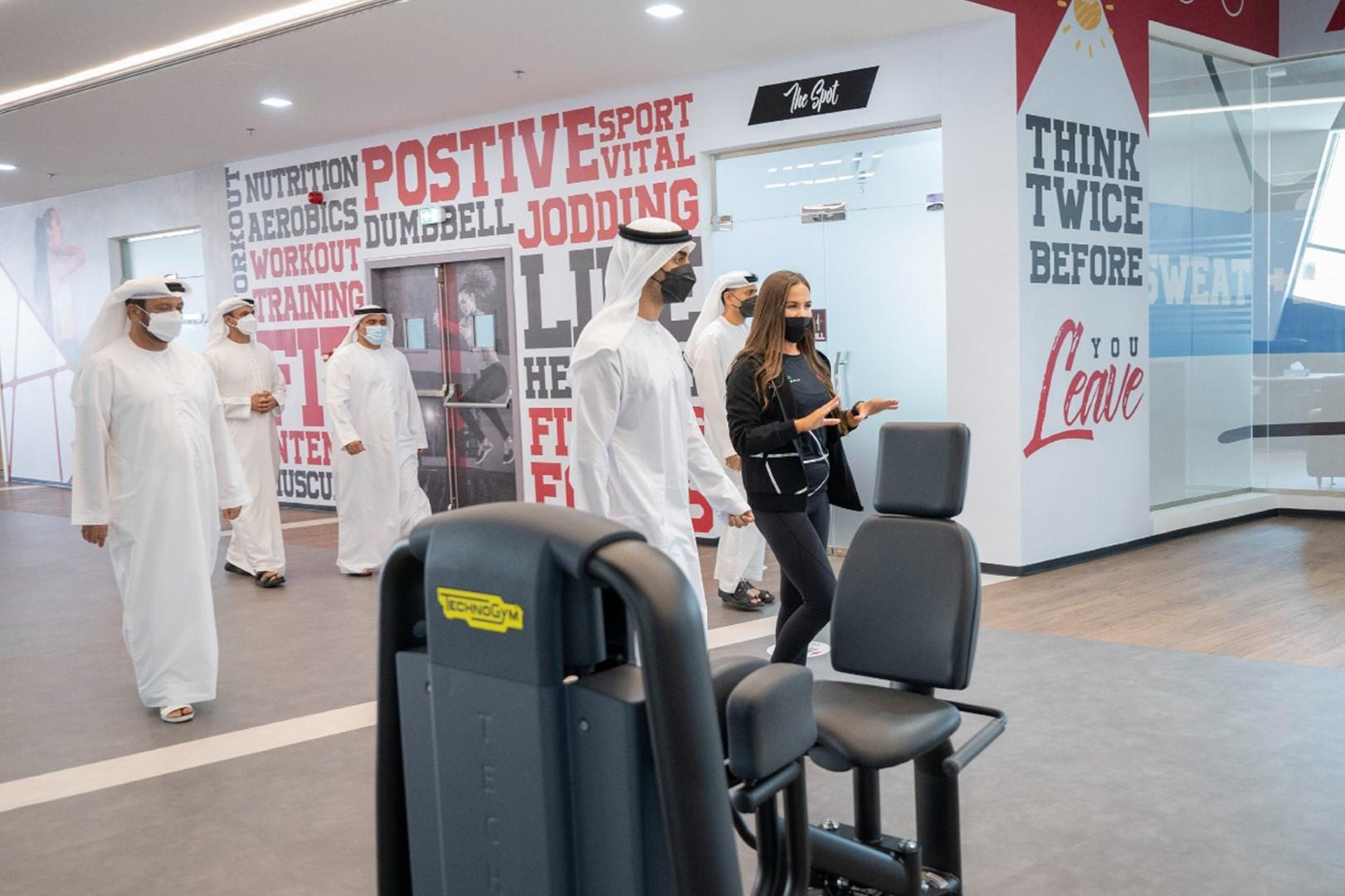 حمدان بن محمد بن زايد يفتتح أكبر صالة رياضية في أبوظبي