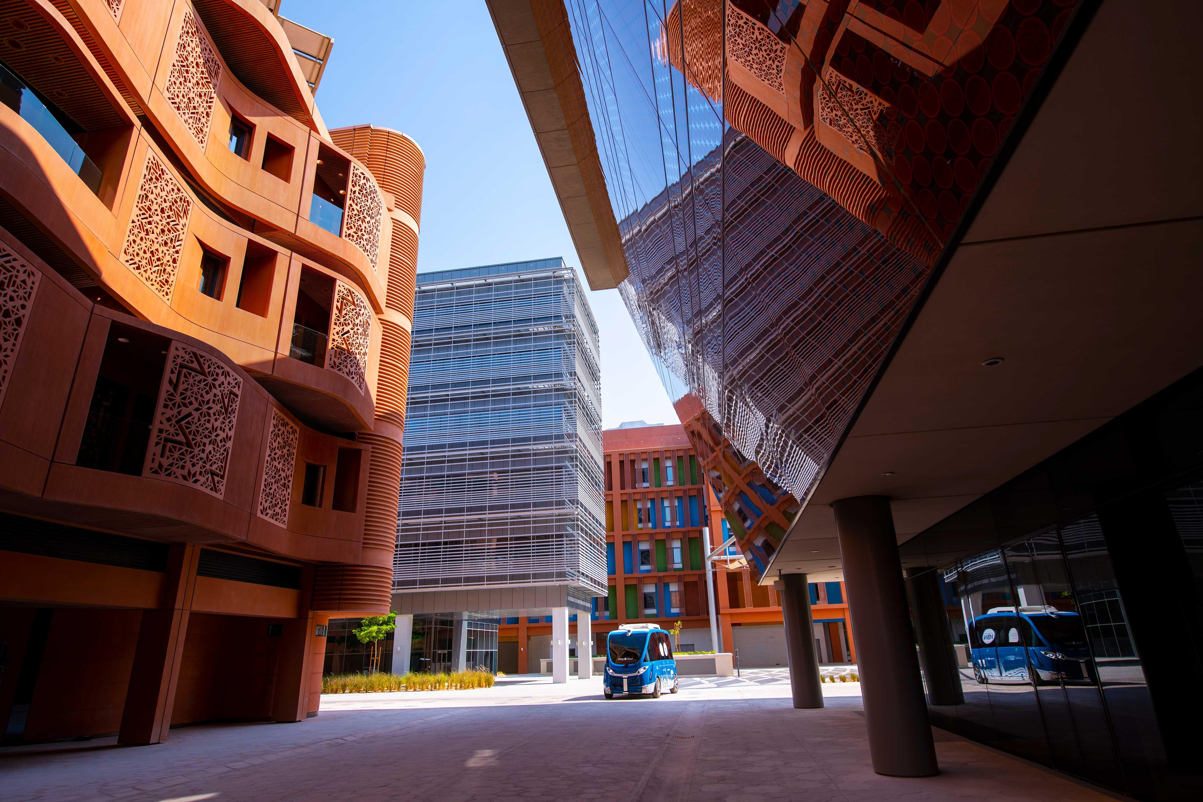 مدينة مصدر .. وجهة رائدة لكبرى الشركات المبتكرة في المنطقة والعالم