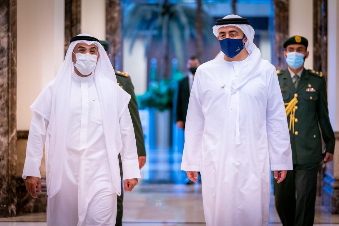 عبدالله بن زايد يستقبل الأمين العام لمجلس التعاون لدول الخليج العربية