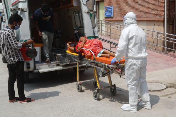 """الهند تسجل 2330 وفاة و 67208 إصابات جديدة بـ""""كورونا """""""