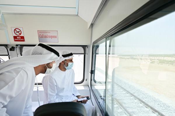 ذياب بن محمد بن زايد يدشن أعمال مد قضبان السكك الحديدية في سيح شعيب باتجاه أبوظبي ودبي