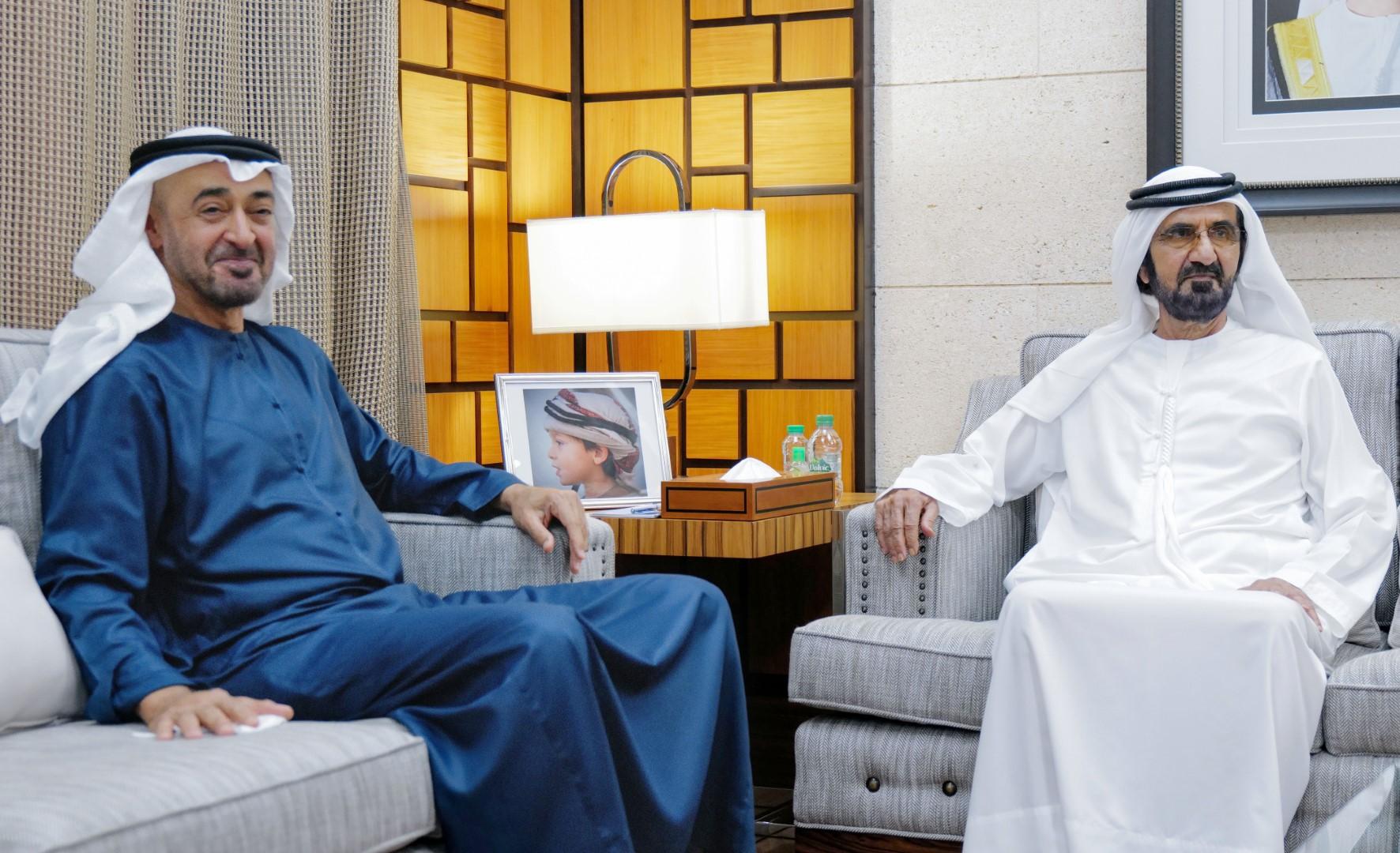 محمد بن راشد يلتقي محمد بن زايد ويبحثان عددا من الموضوعات المتعلقة بخدمة الوطن و المواطن