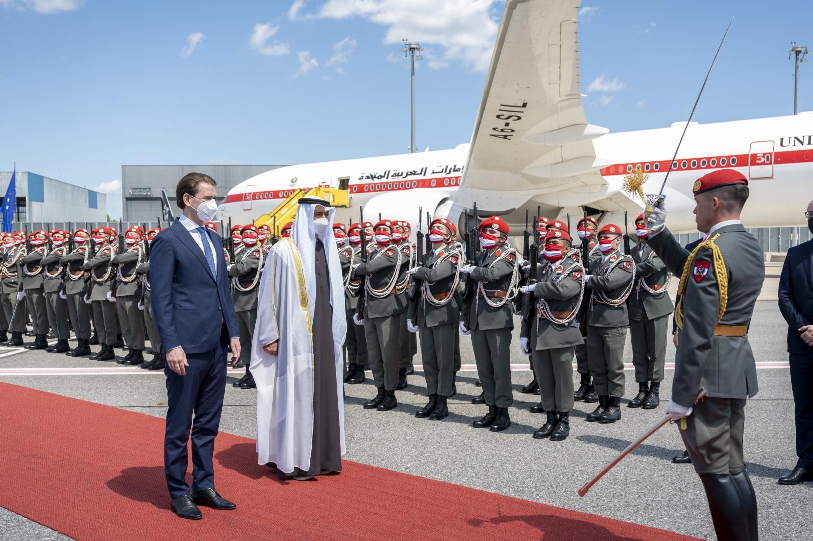 محمد بن زايد يصل فيينا