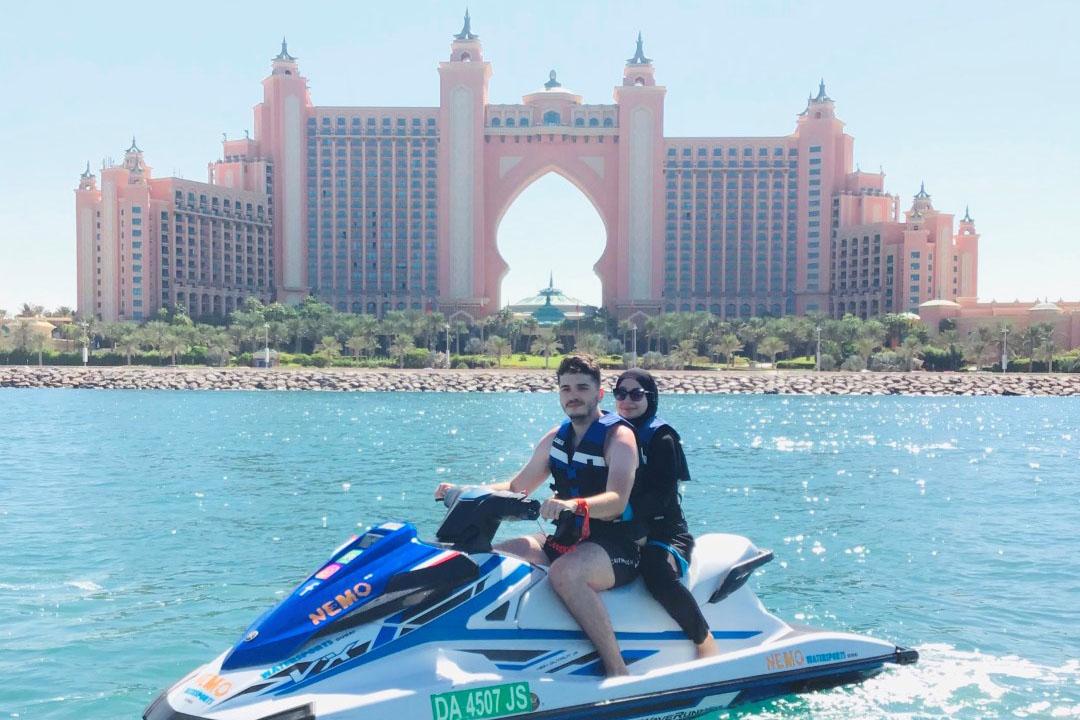 دبي تحافظ على مكانتها الرائدة كوجهة أولى لتقديم أفضل التجارب السياحية في العالم