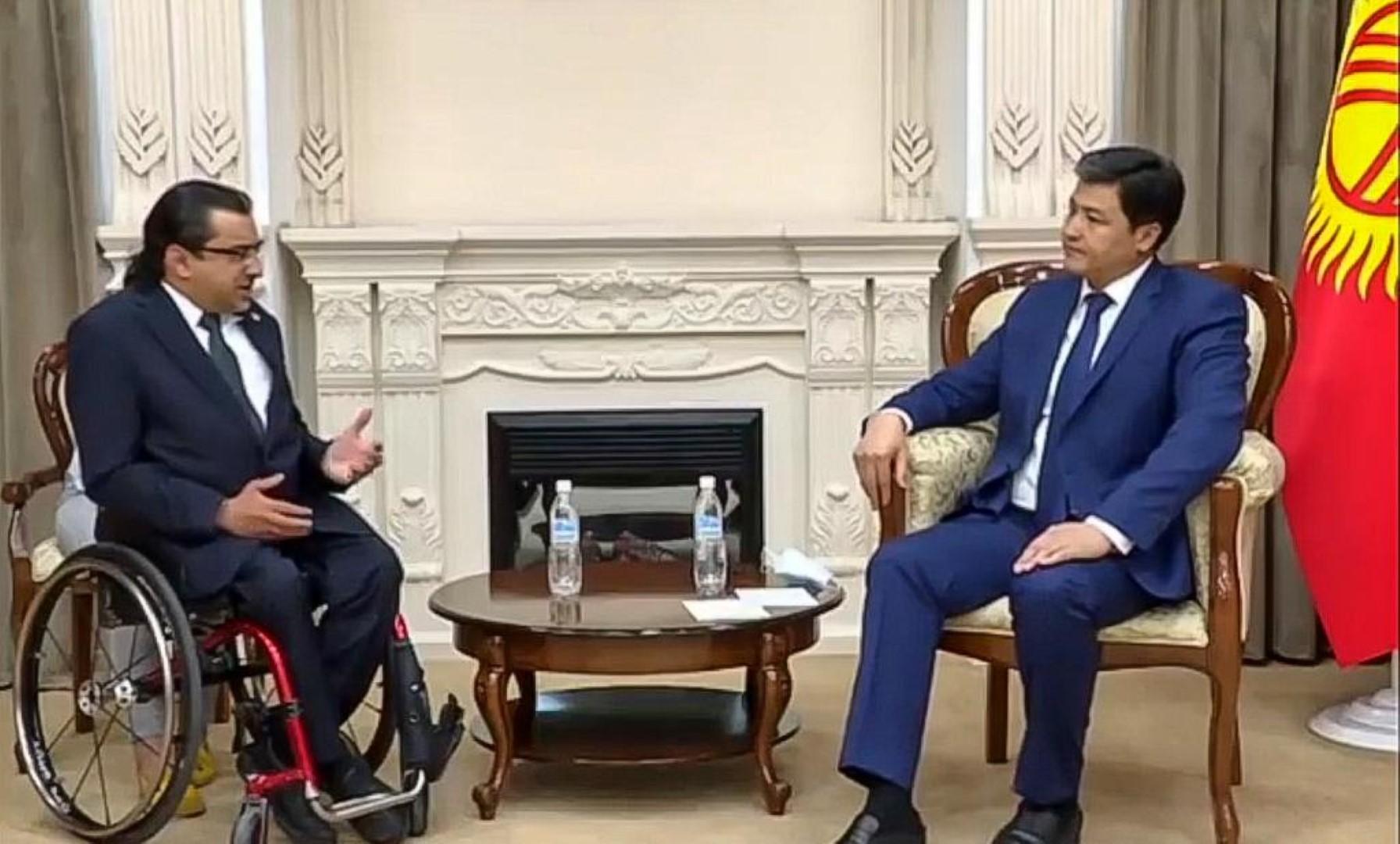 """رئيس وزراء قرغيزستان : الإمارات نموذج ملهم في تمكين"""" أصحاب الهمم"""""""