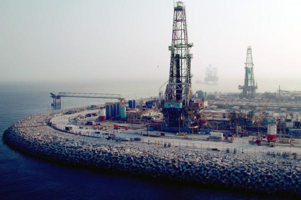 أدنوك تستثمر 2.8 مليار درهم في الخدمات المساندة للحفر لدعم هدفها لزيادة السعة الإنتاجية من النفط