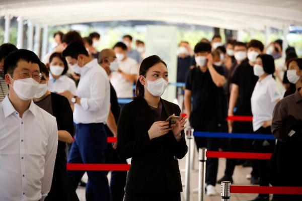 كوريا الجنوبية تسجل أعلى حصيلة يومية بإصابات 'بكورونا '