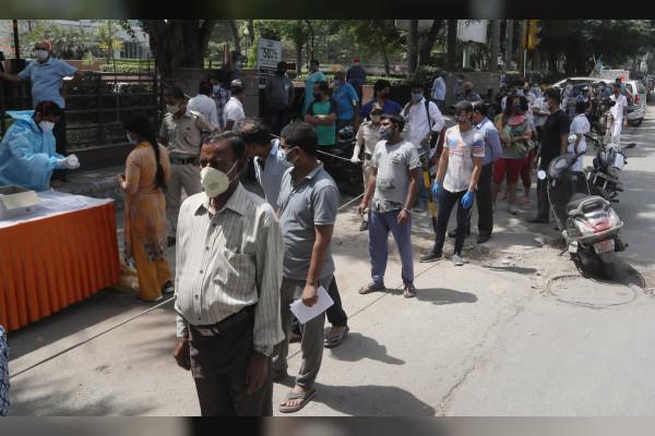 """الهند تسجل 38164 حالة إصابة جديدة بـ """"كورونا"""""""